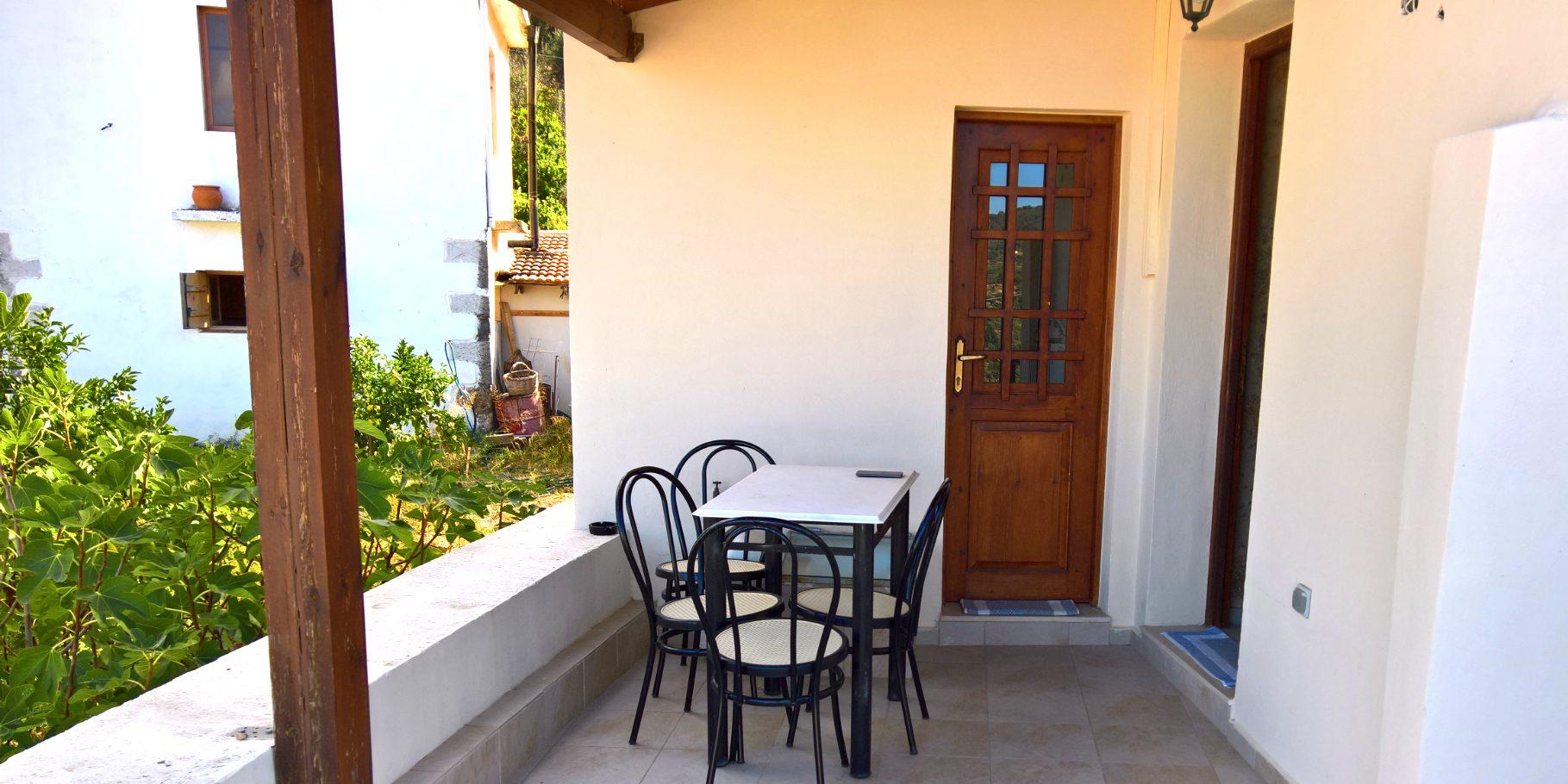 Heracles Traditional Cretan House Flat 2 (upstairs)